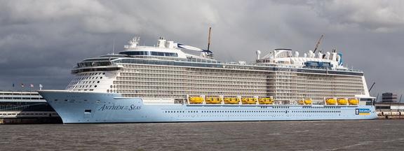 """""""Anthem of the Seas"""" an der Columbuskaje Bremerhaven1.2.4.9 Die Kreuzliner,1.2.4 Öffentlichkeit_Intermedia,1.2 WebseitePixelboxx-Export"""