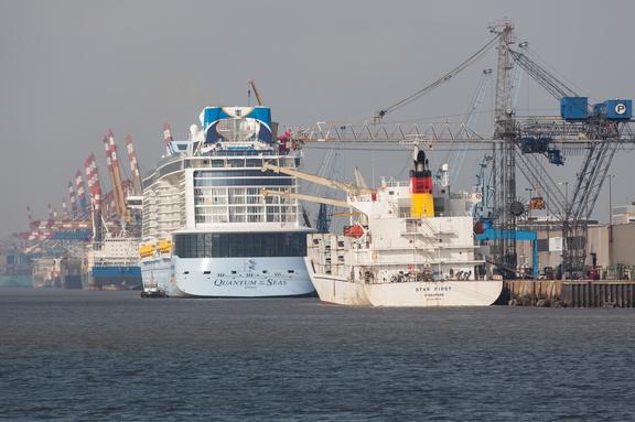 """""""Quantum of the Seas"""" Kreuzfahrtschiff1.2.4.9 Die Kreuzliner,1.2.4 Öffentlichkeit_Intermedia,1.2 WebseitePixelboxx-Export"""
